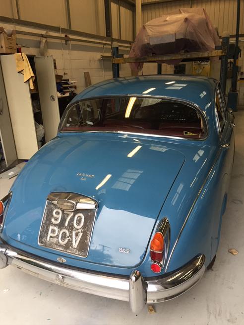 Jaguar Mkii 1962 3.4 Ltr Cotswald Blue